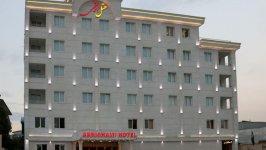 هتل ابریشمی لاهیجان نمای بیرونی 1