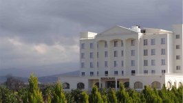 نمای بیرونی هتل بوتانیک