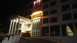 نمای بیرونی هتل اسپیناس آستارا