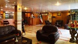 هتل آپارتمان ایده آل تهران لابی