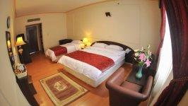 اتاق سه تخته هتل فرید