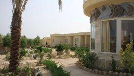 نمای بیرونی هتل گاردنیا