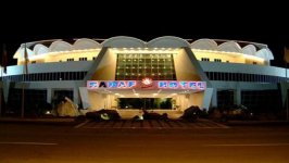 نمای بیرونی هتل صدف ماهشهر