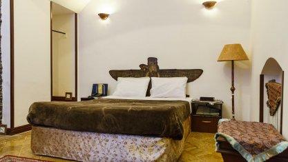 هتل سنتی رز یزد اتاق دو تخته دابل