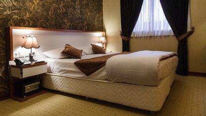 هتل لطفعلی خان شیراز اتاق دو تخته دابل 1