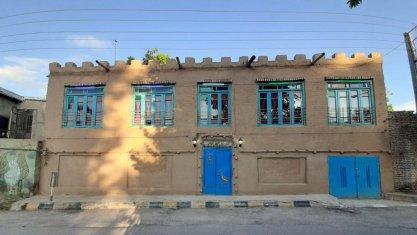 اقامتگاه سنتی چشمه سبز گلمکان نمای بیرونی