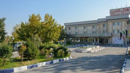 هتل ثامن 1 مشهد نمای بیرونی