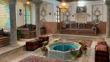 اقامتگاه سنتی سهروردی اصفهان فضای داخلی اقامتگاه
