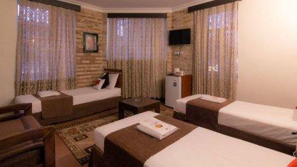 هتل مرکزی ایران تهران اتاق سه تخته 2