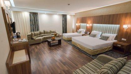 هتل پارسیان آزادی همدان سوئیت سه تخته 2