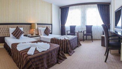 هتل بین المللی تبریز اتاق دو تخته تویین 2