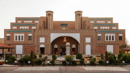 هتل پارسیان صفاییه