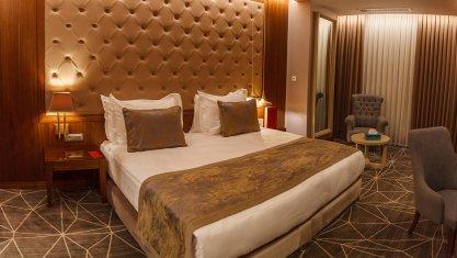 هتل لاله پارک تبریز اتاق دو تخته دابل دلوکس