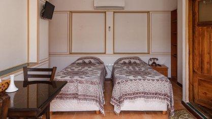اقامتگاه سنتی طلوع خورشید اصفهان اتاق دو تخته تویین 1