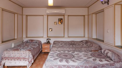 هتل سنتی طلوع خورشید اصفهان اتاق چهار تخته