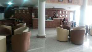 هتل اقصی محلات لابی
