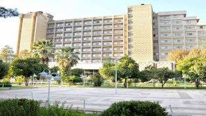 نمای بیرونی هتل هما شیراز