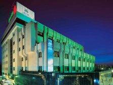 نمای بیرونی هتل خانه سبز