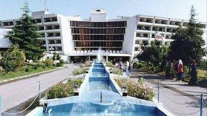 نمای بیرونی هتل پارسیان آزادی خزر(هایت سابق)