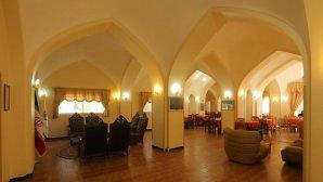 هتل جهانگردی ماهان کرمان لابی