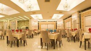 رستوران هتل حلما