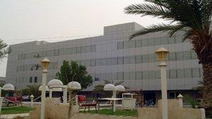 نمای بیرونی هتل پارسیان آزادی آبادان