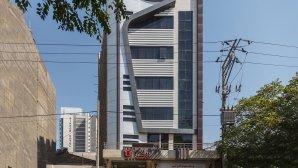 هتل آپارتمان اسپینو مشهد نمای بیرونی