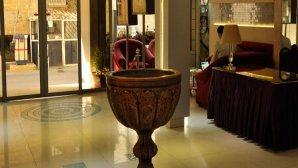 نمایی از لابی هتل اصفهان