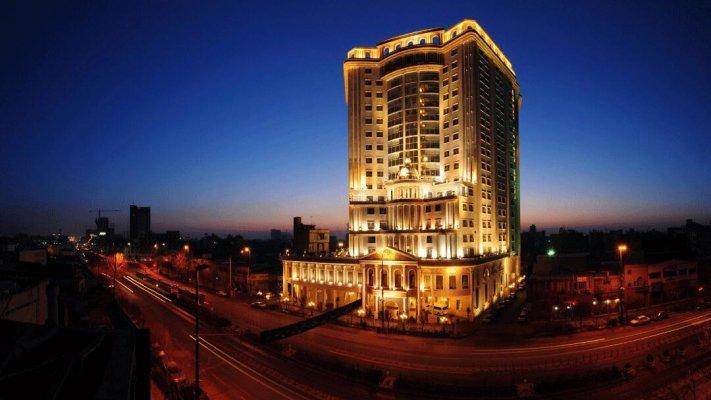 هتل قصر طلایی مشهد نمای بیرونی 1
