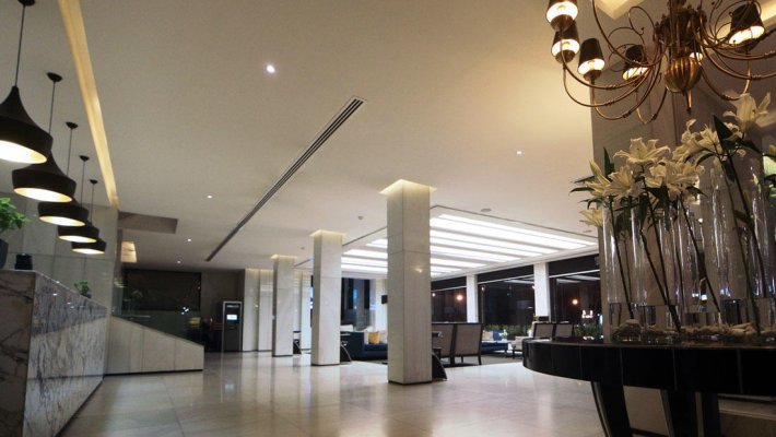 هتل هویزه تهران لابی 1