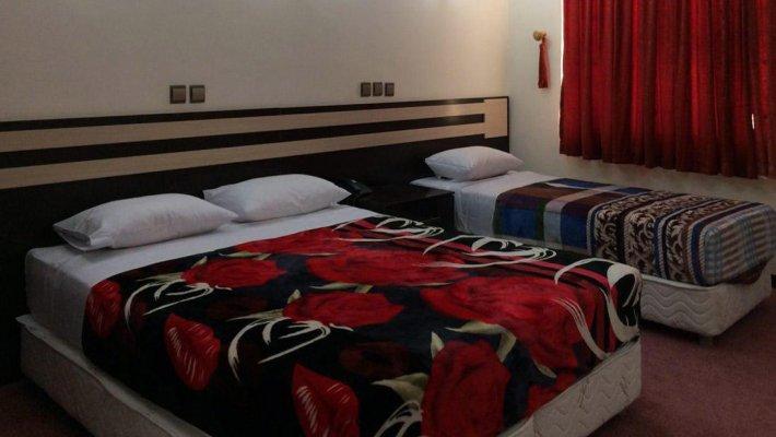 هتل آپارتمان ایرانیکا اهواز سوئیت یک خوابه سه تخته 2