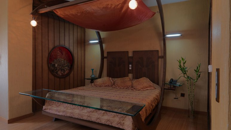 اتاق لوکس هتل فردوسی