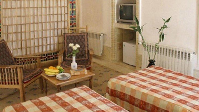 هتل اخوان کرمان اتاق دو تخته 2