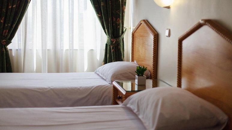 هتل رزیدانس رودکی تهران اتاق دو تخته 3