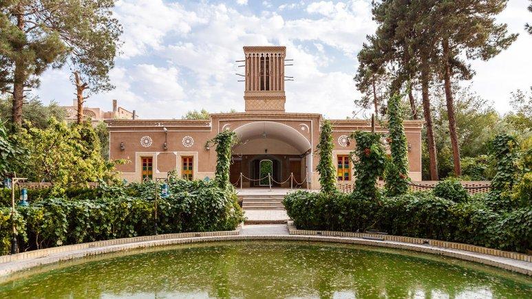 هتل مشیر الممالک یزد فضای داخلی 1