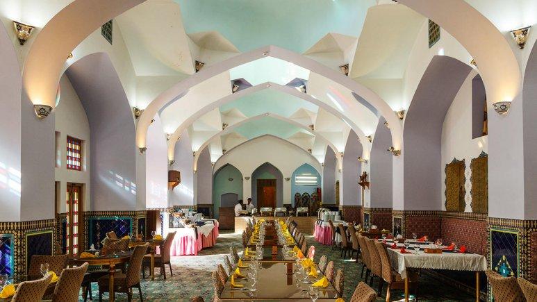 هتل مشیر الممالک یزد رستوران 2
