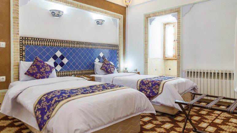 هتل مشیر الممالک یزد اتاق دو تخته تویین 2