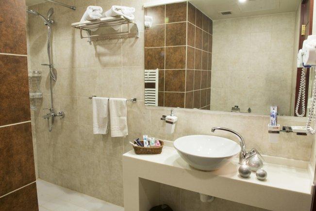 سرویس بهداشتی هتل امید