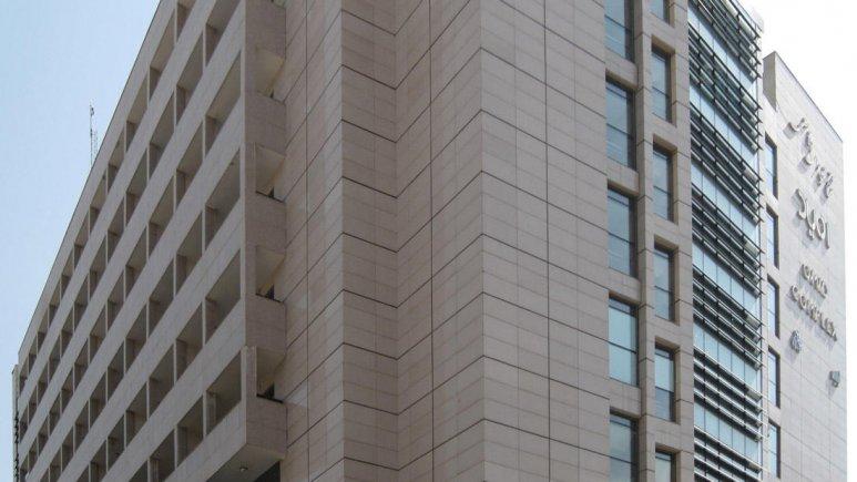 هتل آپارتمان امید مشهد نمای بیرونی