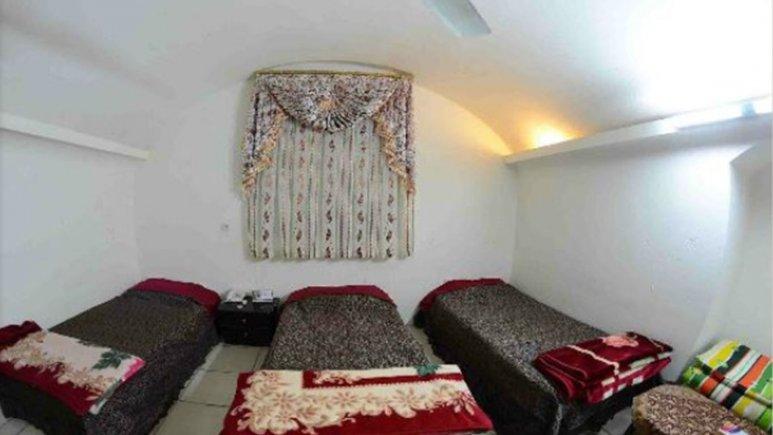 اتاق سه تخته هتل ساباط