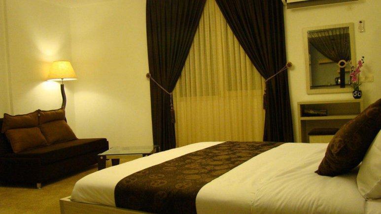 هتل نگین نور اتاق چهار نفره