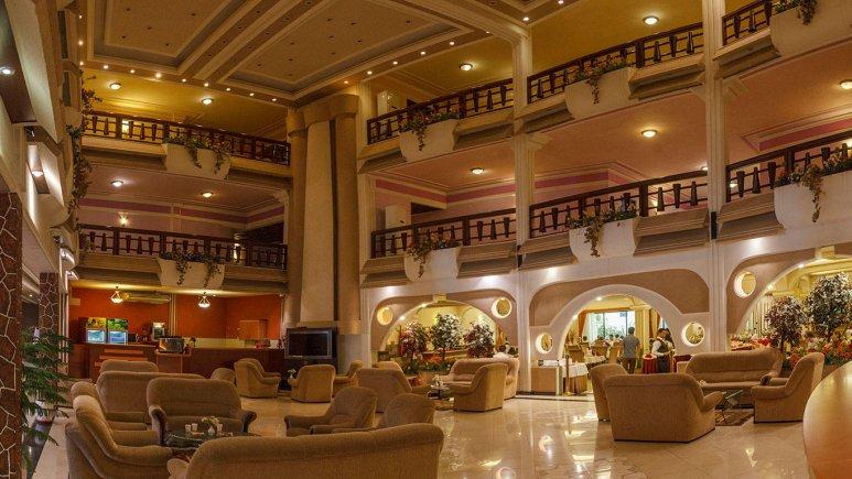 هتل آریان کیش لابی 1
