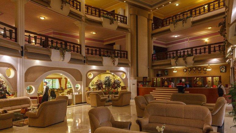 هتل آریان کیش لابی 3