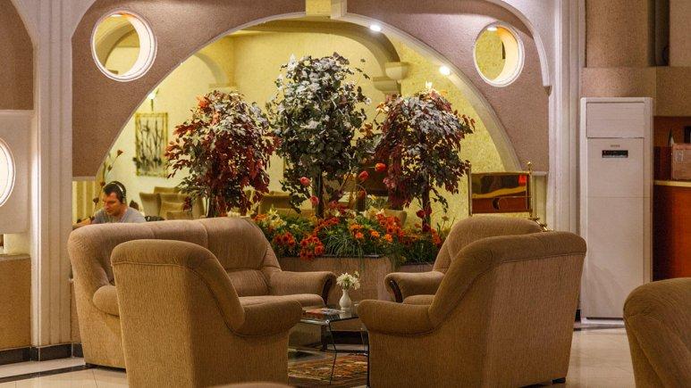 هتل آریان کیش لابی 4