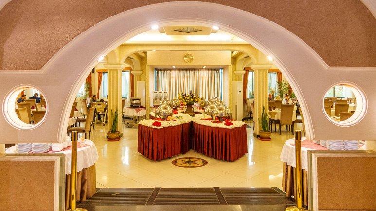 هتل آریان کیش رستوران
