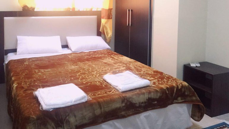 هتل آپارتمان آدینه قشم فضای داخلی اتاقها 2