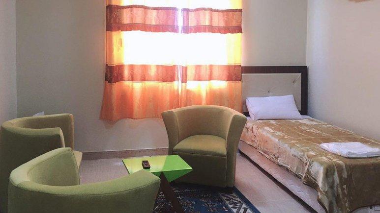 هتل آپارتمان آدینه قشم فضای داخلی اتاقها 4