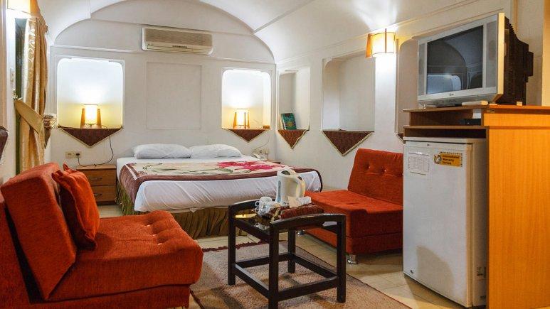 هتل سنتی والی یزد اتاق دو تخته دابل 1