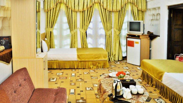 هتل سنتی والی یزد اتاق دو تخته تویین 2