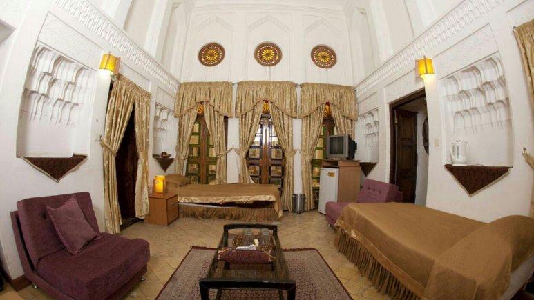 اتاق دو تخته هتل سنتی والی
